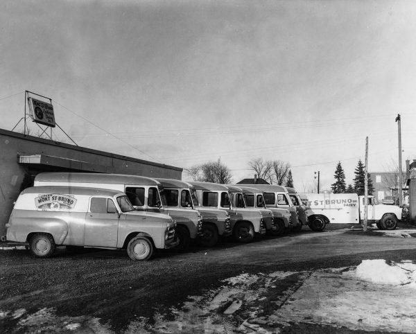 Camions de la Laiterie Caillé