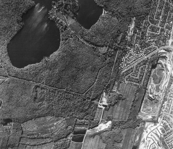 Photo aérienne des vergers des Frères de Saint-Gabriel