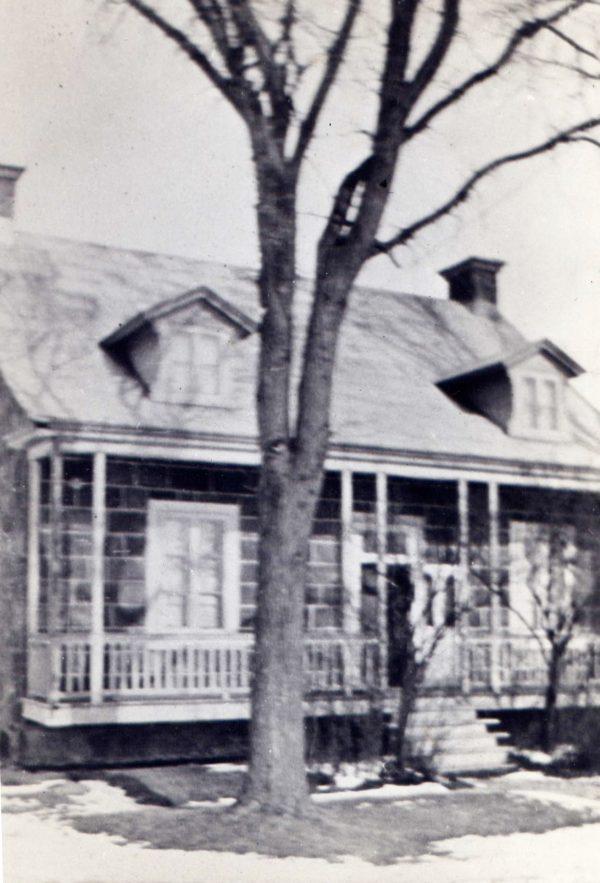 Maison située au 173, rang des Vingt-Cinq Est